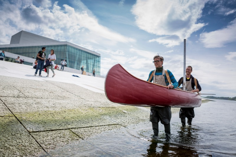 Mobile Oven arrives at Oslo Opera House